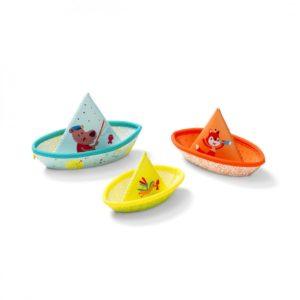 Trois bateaux de bain Lilliputiens.